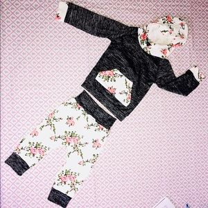 Little Girls Floral Outfit Gray 2Pc Hoodie